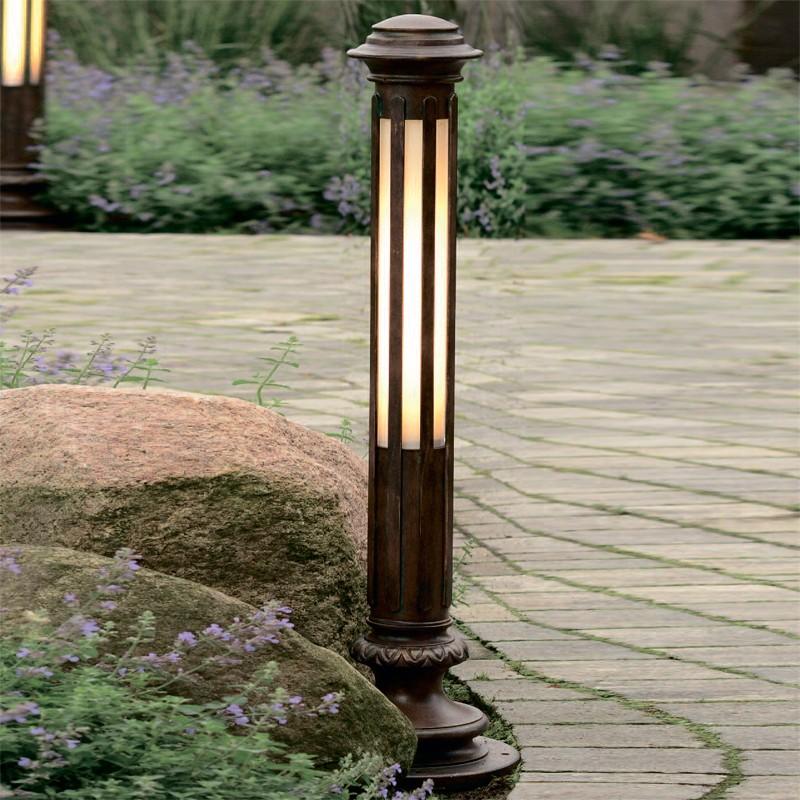 Robers Outdoor 8 Post Light Al 6600