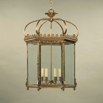 Vaughan Wilton Hall Lantern CL0117.BR.SE